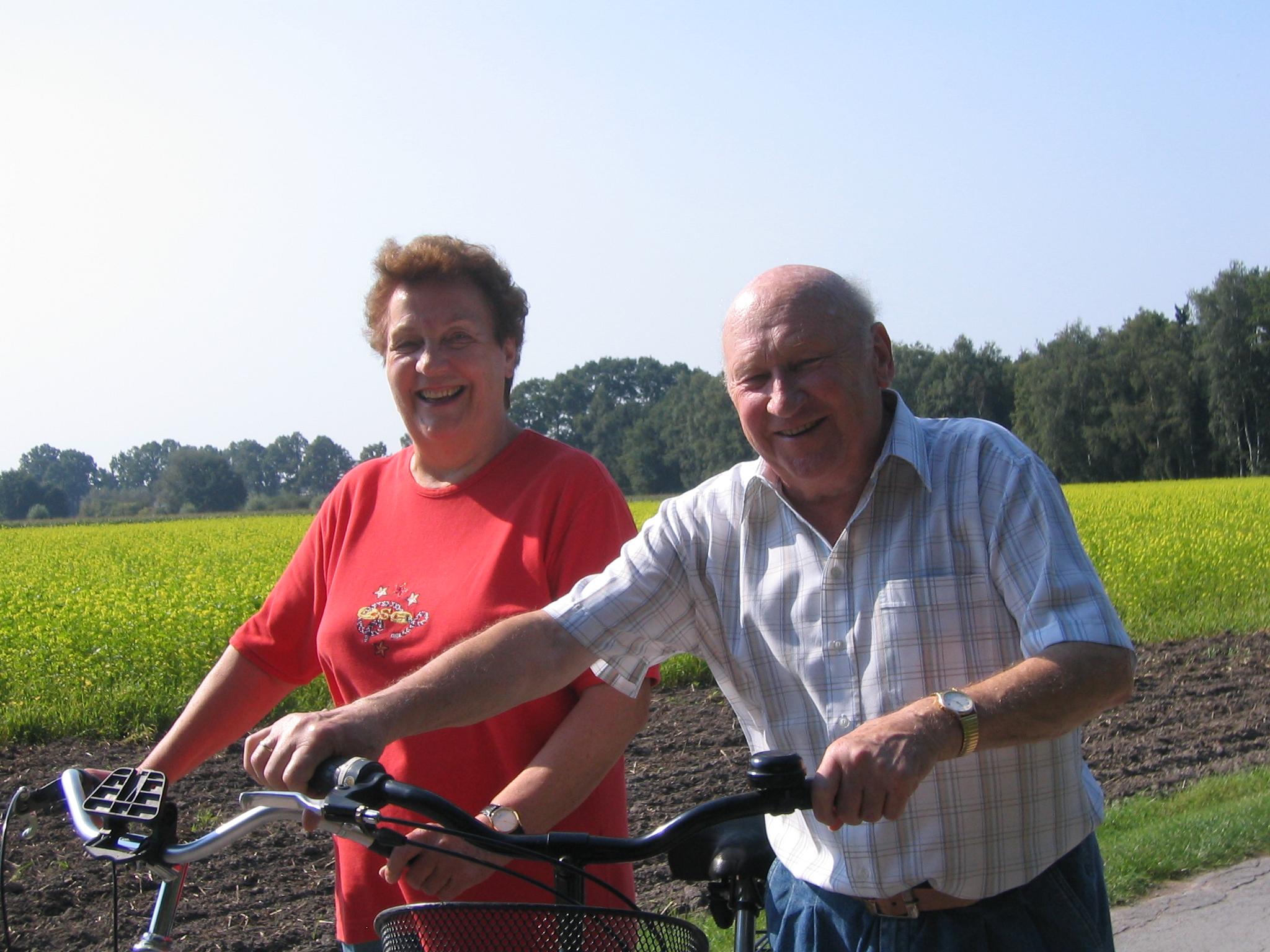 Fahrradfahrer sind herzlich willkommen im Hotel und Appartement Haus Stallmeister in Lippstadt Bad Waldliesborn