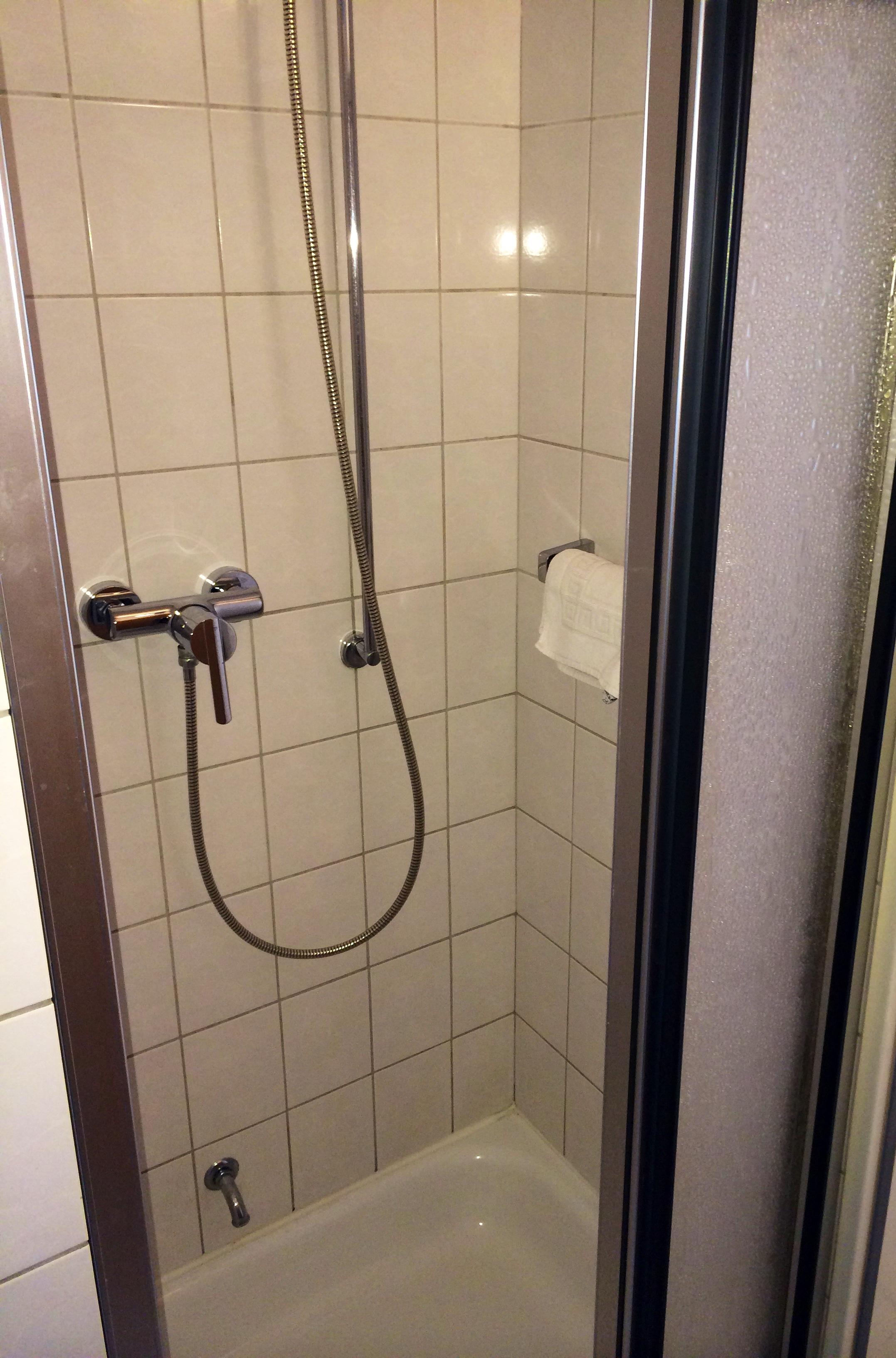 duschamaturen von grohe f r mehr duschspa im haus. Black Bedroom Furniture Sets. Home Design Ideas