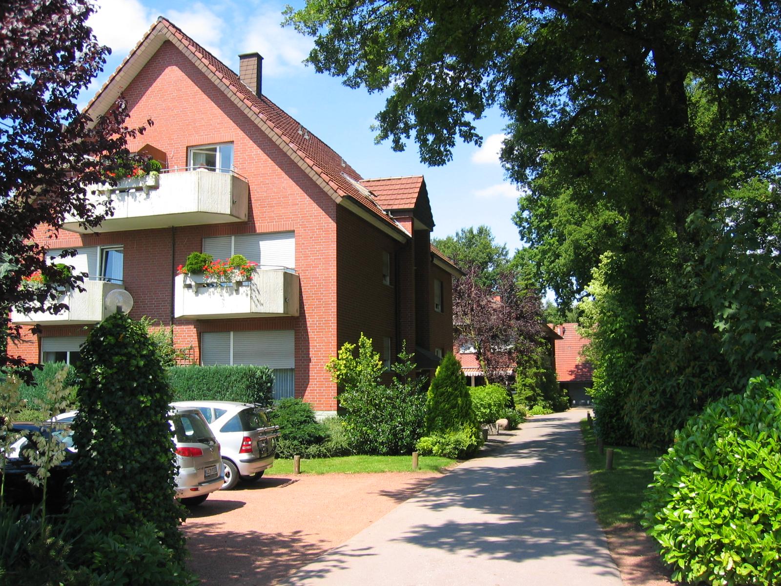 Hotel Pension & Appartement Haus Stallmeister in Lippstadt Bad Waldliesborn im Sommer