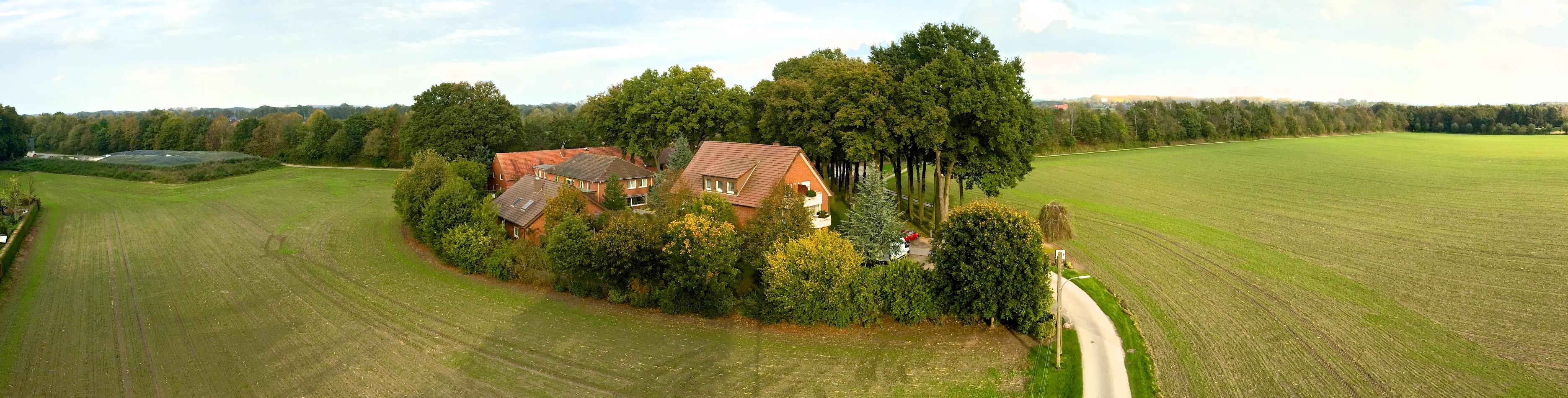 Walkenhausweg in Lippstadt Bad Waldliesborn mit Luftaufnahme vom Hotel Pension und Appartement Haus Stallmeister