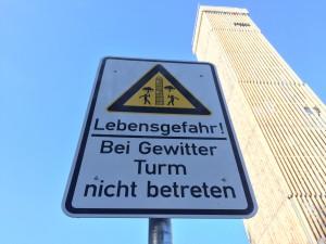 Turm Möhnesee Schild Lebensgefahr