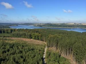 Aussicht vom Turm mit Aussicht im Sauerland Möhnesee