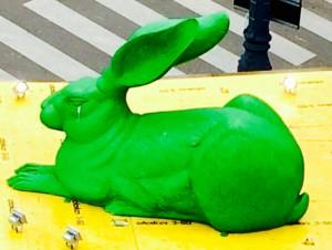 Osterhase grün groß Ostern Osterkirmes