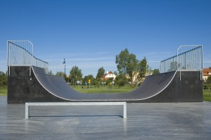 Skatepark für Skateboarder und Urlauber