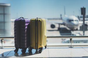 (ImYanis/Shutterstock.com) Ab nach Hause - Hotel Haus Stallmeister wünscht eine gute Reise