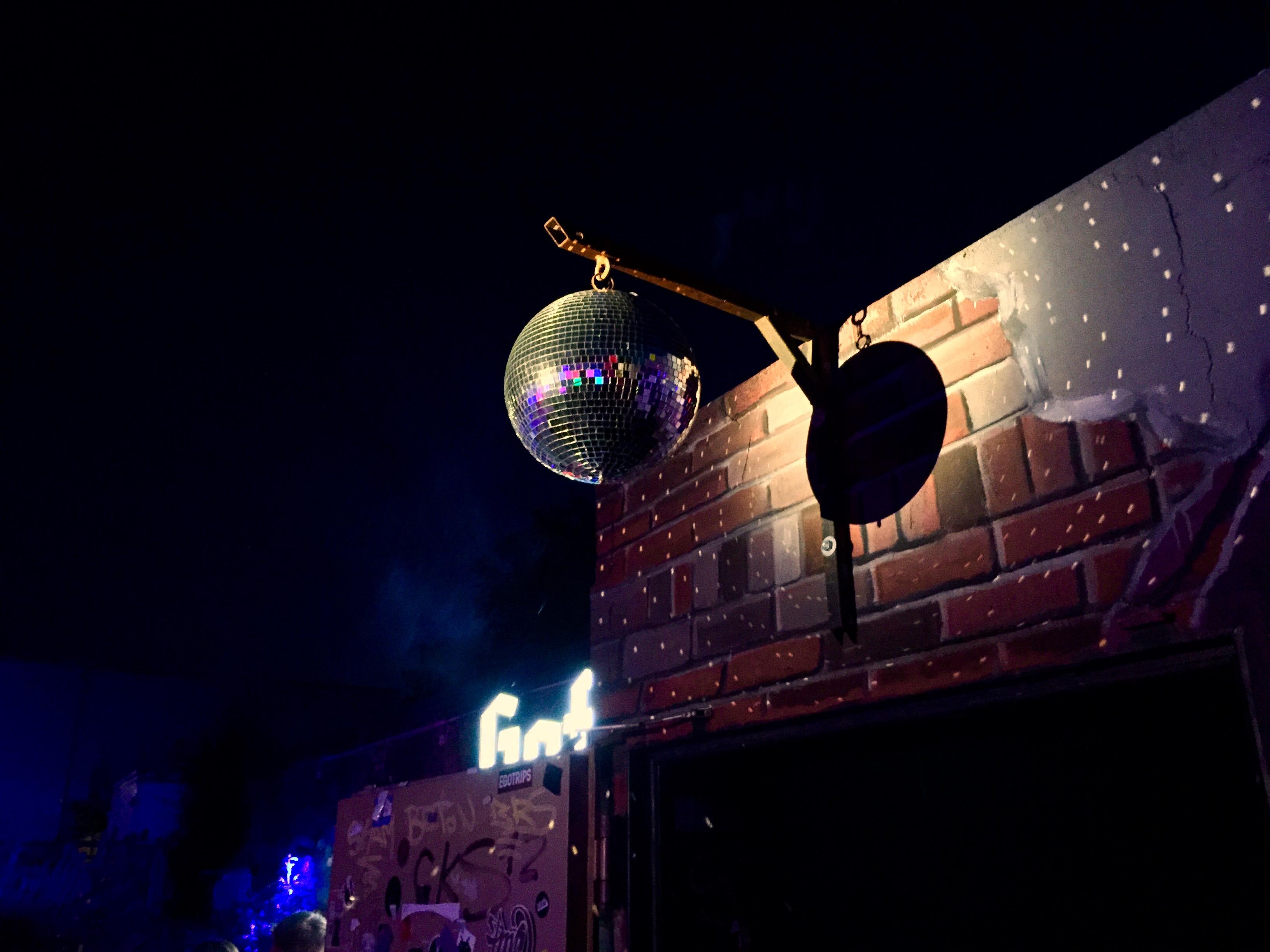 Discokugel - Discos und Clubs in Lippstadt in der Nähe vom Hotel