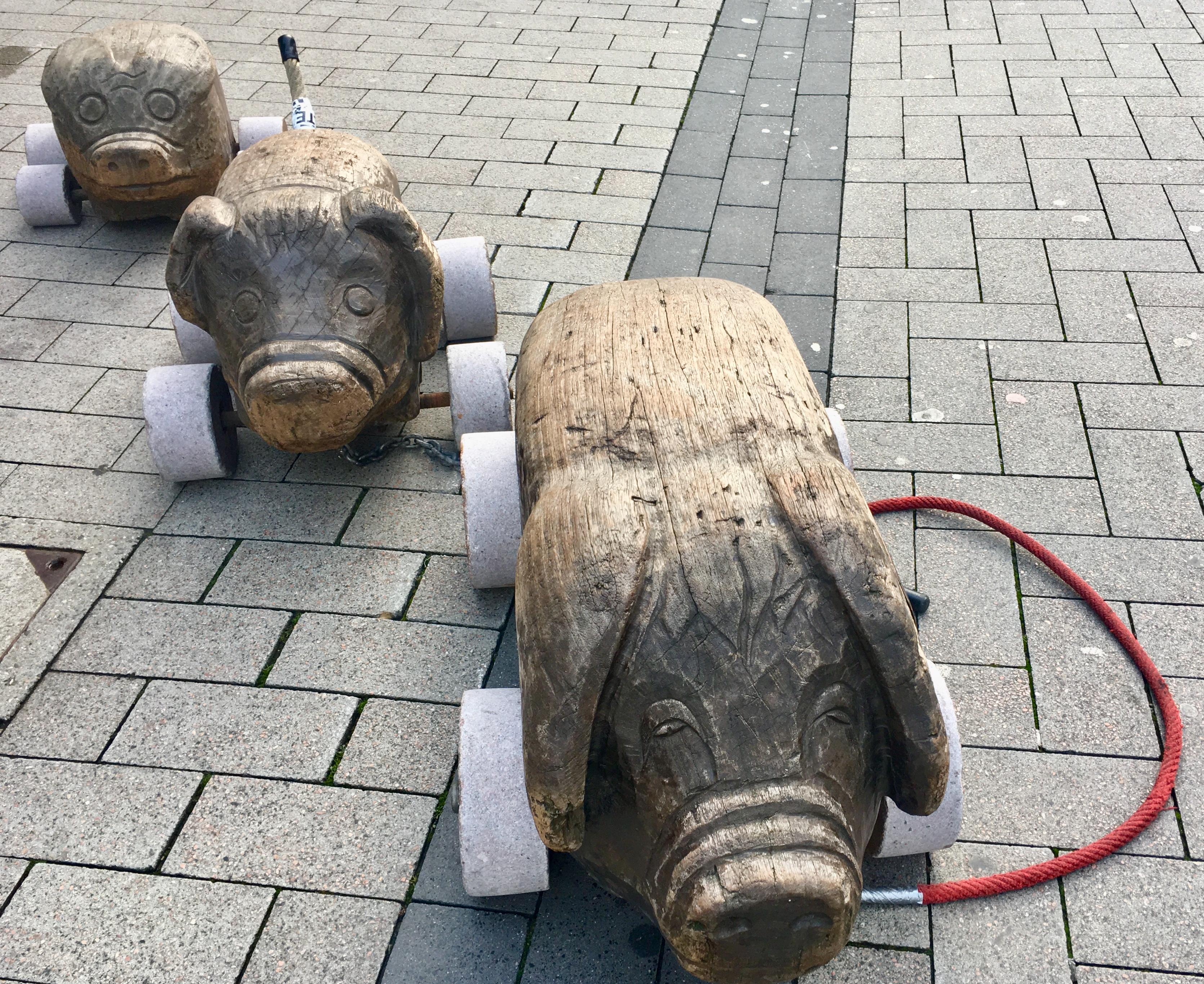 Holzschweine Lippstadt - In der Nähe vom Hotel Haus Stallmeister