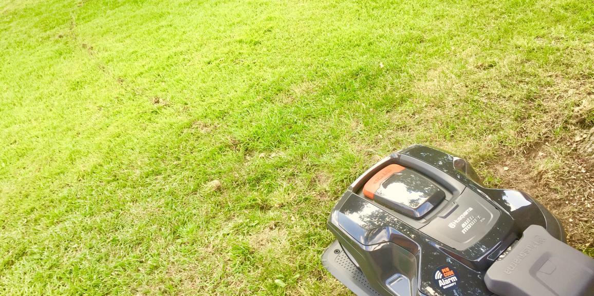 Neu! – Roboter Nr. 2 im Hotel Haus Stallmeister – der Rasenmähroboter